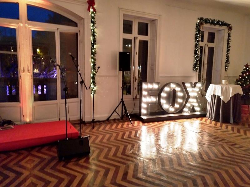 Fiesta de Navidad Fox en Palacio de Santa Bárbara.