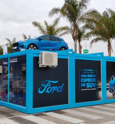 Expositor Ford Puma en Valencia