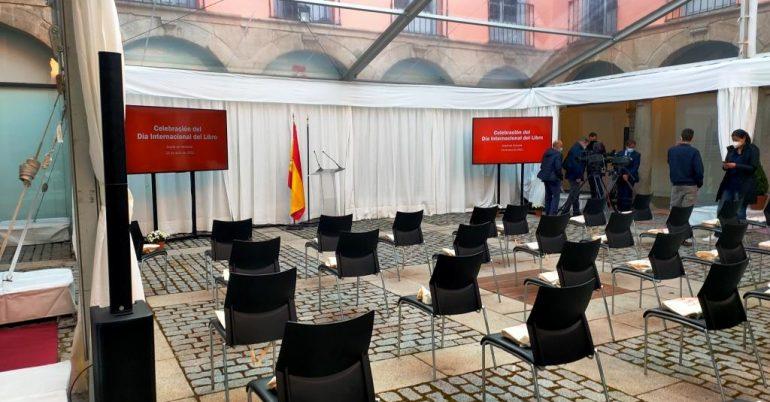 Celebración del Día del Libro en la sede histórica del Instituto Cervantes (Alcalá de Henares)